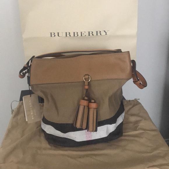 38adbb5631a Burberry Bags | Nwt Canvas Ashby Hobo Saddle Brown | Poshmark